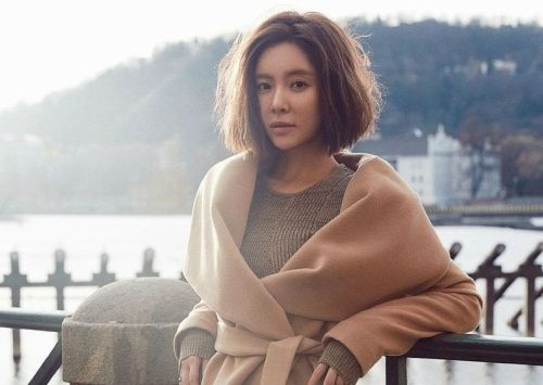 Foto Cantik Hwang Jung-eum 5