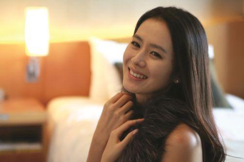 Foto Cantik Son Ye-jin 10