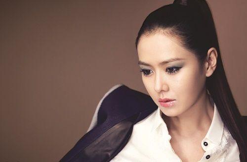 Foto Cantik Son Ye-jin 11