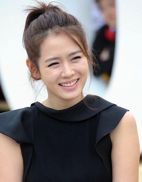 Foto Cantik Son Ye-jin 12