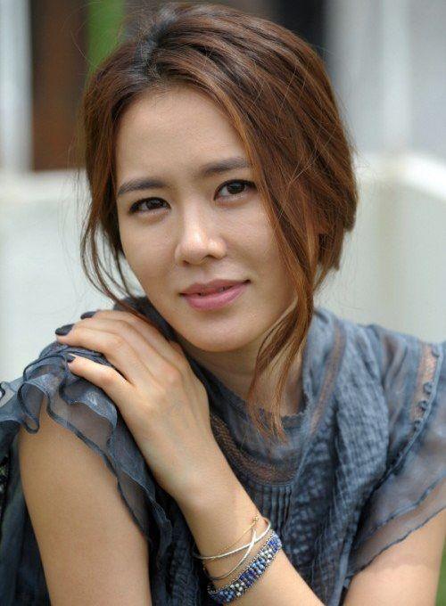 Foto Cantik Son Ye-jin 16