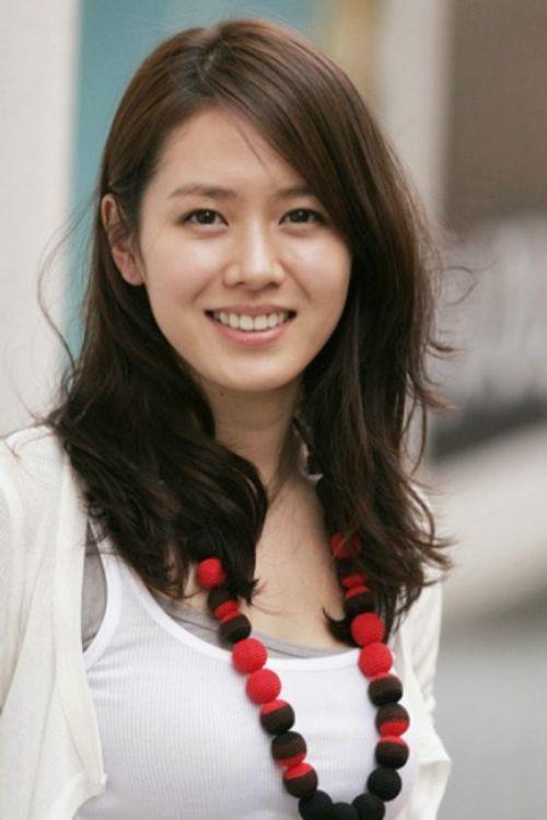 Foto Cantik Son Ye-jin 2