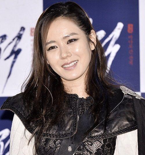 Foto Cantik Son Ye-jin 20
