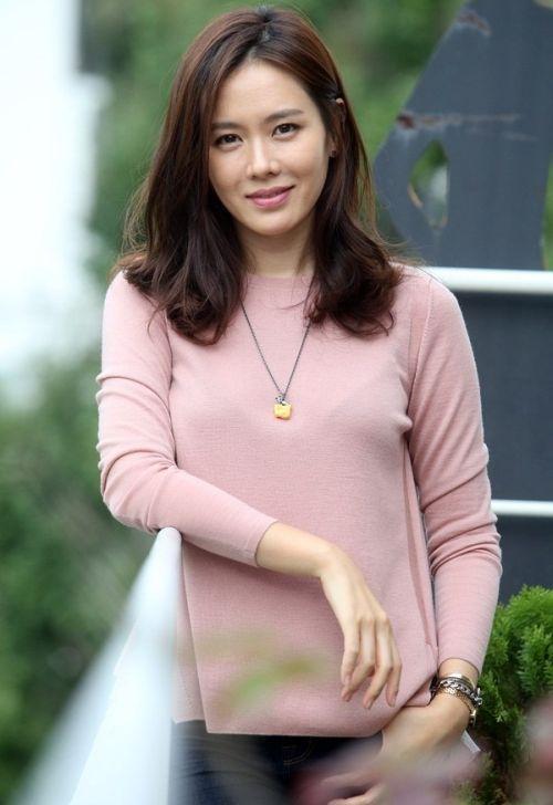 Foto Cantik Son Ye-jin 4