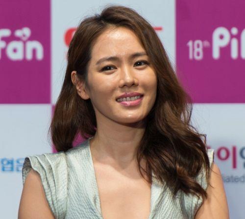 Foto Cantik Son Ye-jin 5