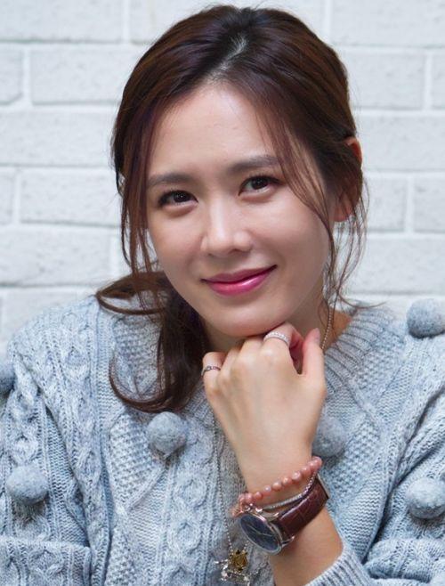 Foto Cantik Son Ye-jin 7