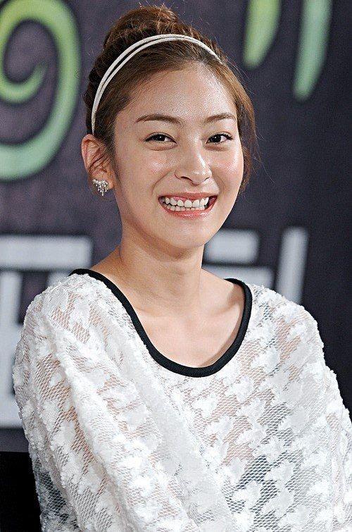 Foto Cantik Wang Ji-won 15