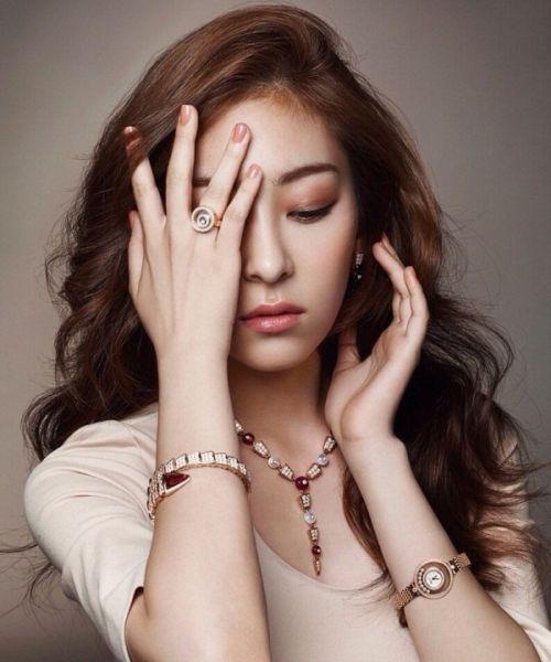 Foto Cantik Wang Ji-won 16