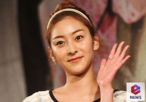 Foto Cantik Wang Ji-won 5