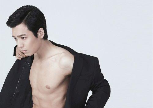 Foto Jung Kyung-ho Paling Cool 8