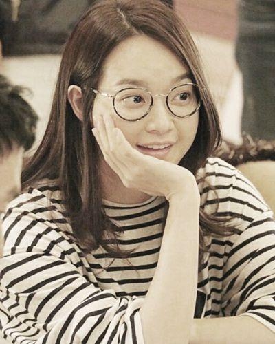 Foto Shin Min-ah dalam Oh My Venus