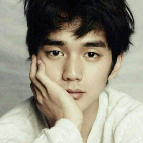 Foto Tampan Yoo Seung-ho 19
