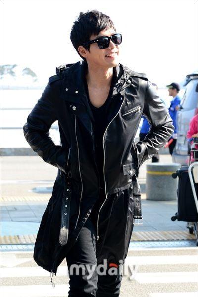 Gaya Airport Hyun Bin