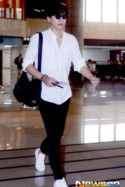 Gaya Airport Lee Seung-gi