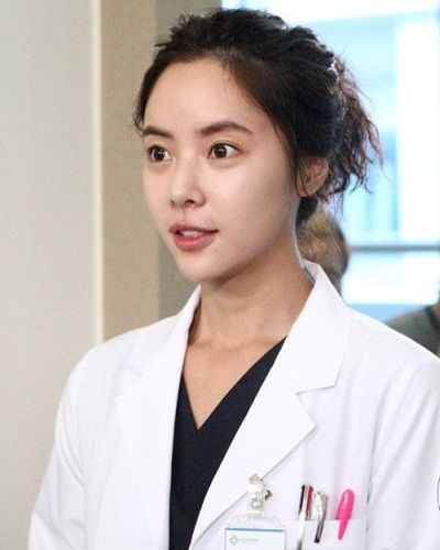 Foto Hwang Jung-eum dalam Golden Time