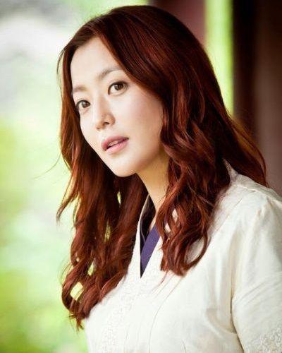 Foto Kim Hee-sun dalam Faith