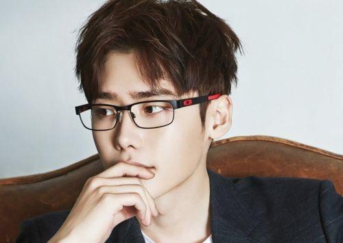 Artis Korea Berkacamata