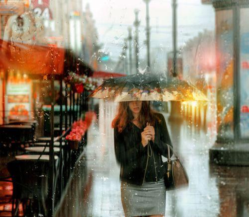 Foto-foto Hujan yang Blur dan Indah 6