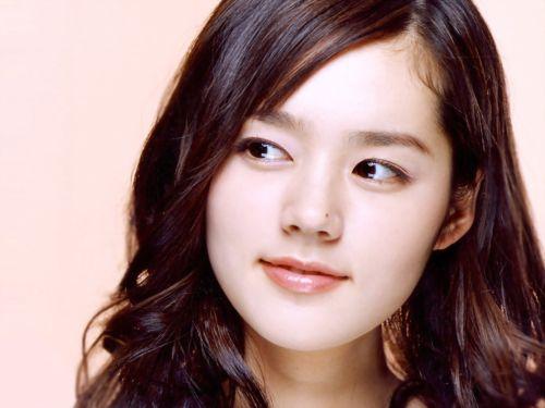 Foto Han Ga-in yang Cantik dan Imut 15