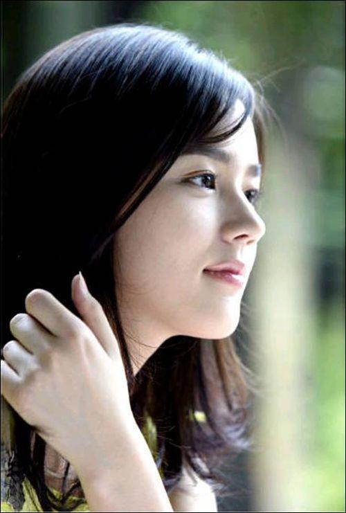 Foto Han Ga-in yang Cantik dan Imut 16
