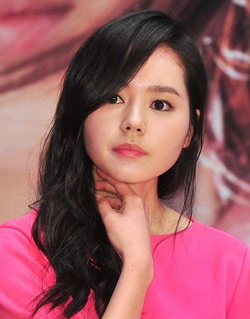 Foto Han Ga-in yang Cantik dan Imut 18