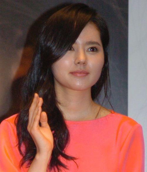 Foto Han Ga-in yang Cantik dan Imut 19