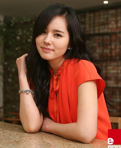 Foto Han Ga-in yang Cantik dan Imut 3