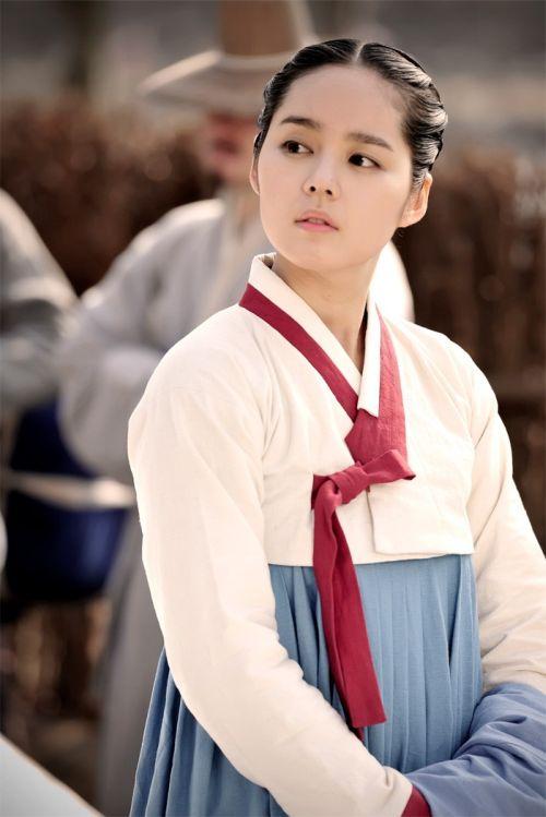 Foto Han Ga-in yang Cantik dan Imut 4
