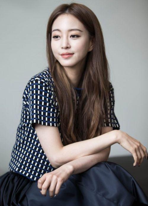 Foto Han Ye-seul 3