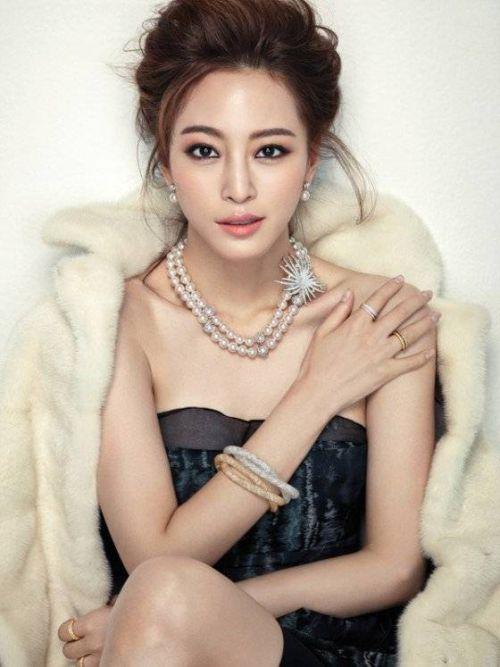 Foto Han Ye-seul 8