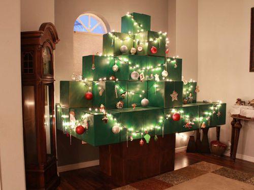 Foto Ide Desain Pohon Natal Paling Kreatif, Indah, dan Lucu 11