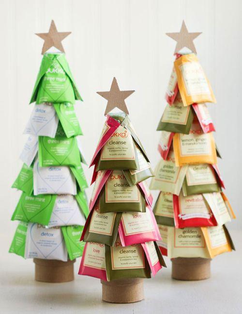 Foto Ide Desain Pohon Natal Paling Kreatif, Indah, dan Lucu 14