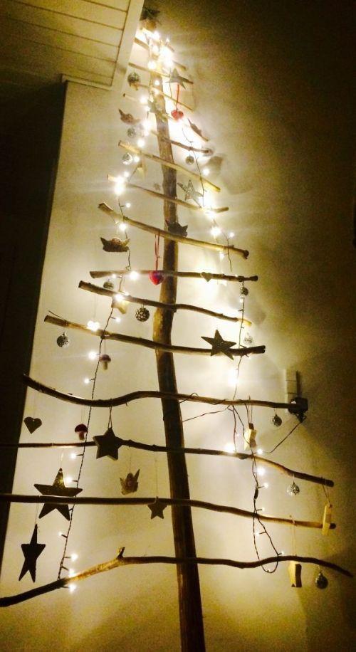 Foto Ide Desain Pohon Natal Paling Kreatif, Indah, dan Lucu 15