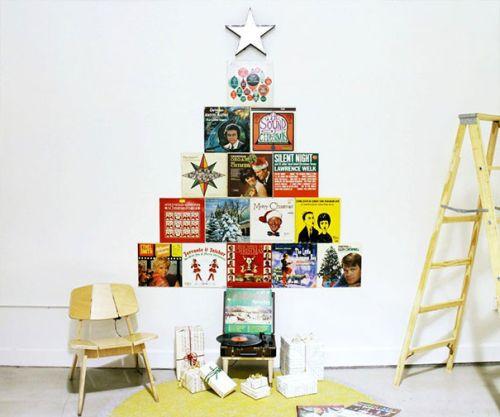 Foto Ide Desain Pohon Natal Paling Kreatif, Indah, dan Lucu 22
