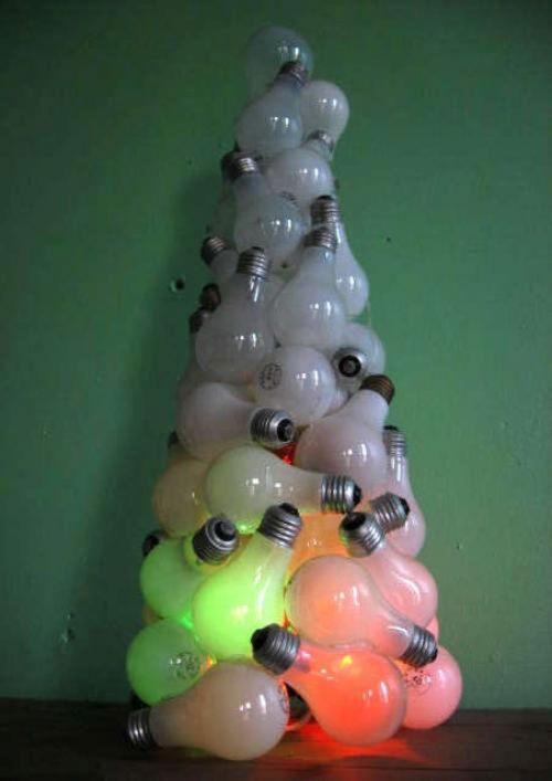 Foto Ide Desain Pohon Natal Paling Kreatif, Indah, dan Lucu 24