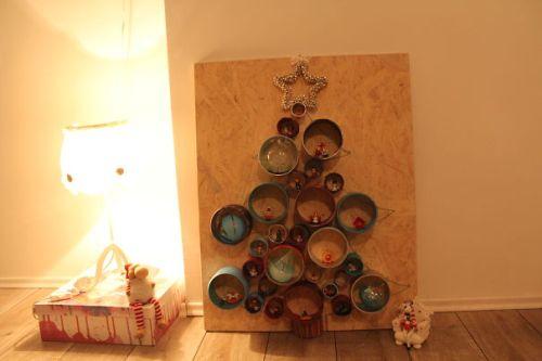 Foto Ide Desain Pohon Natal Paling Kreatif, Indah, dan Lucu 25