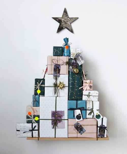 Foto Ide Desain Pohon Natal Paling Kreatif, Indah, dan Lucu 31