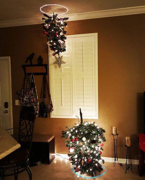 Foto Ide Desain Pohon Natal Paling Kreatif, Indah, dan Lucu 4