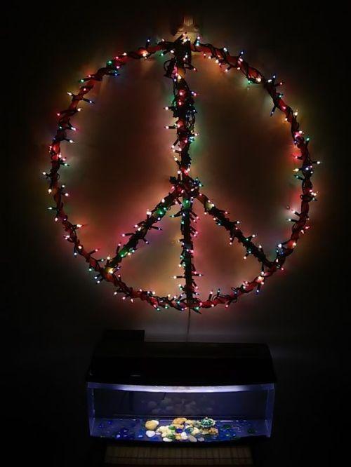 Foto Ide Desain Pohon Natal Paling Kreatif, Indah, dan Lucu 53