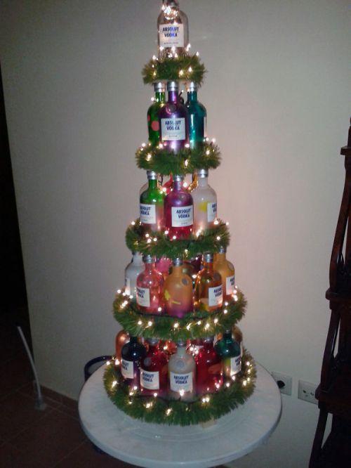 Foto Ide Desain Pohon Natal Paling Kreatif, Indah, dan Lucu 67