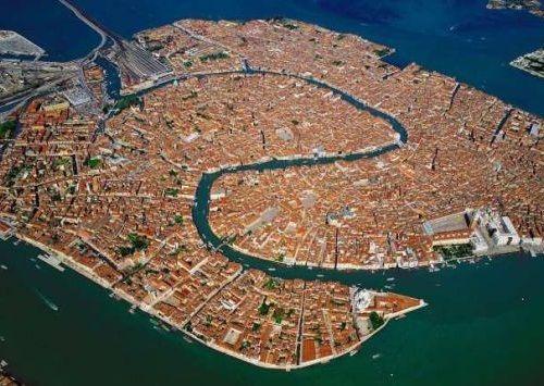 Foto Kota Venesia dari Atas