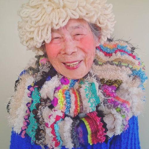 Foto Nenek 93 Tahun Model Instagram 11