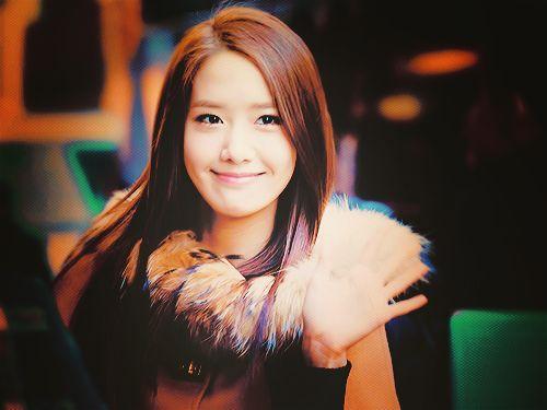 Foto Yoona Tersenyum 7