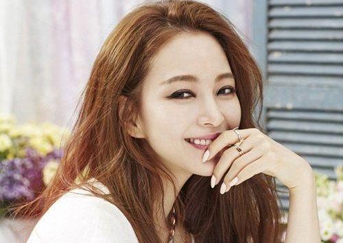 Han Ye Seul Aktris Korea yang Manis 5
