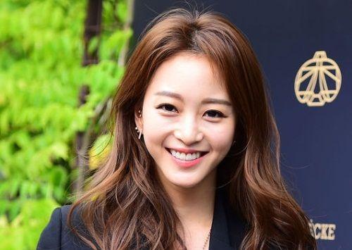 Han Ye Seul Aktris Korea yang Manis 6