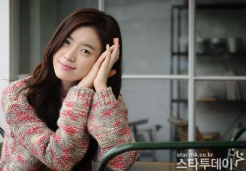 Foto Cantik Han Hyo-joo 12