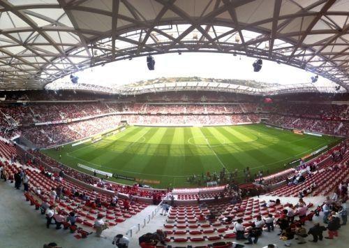 Foto Stadion Allianz Riviera 3