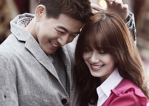 Park Dong-joo dan Yoon Soo-wan (Angel Eyes) 3