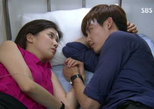 Park Soo-ha dan Jang Hye-sung (I Can Hear Your Voice) 1