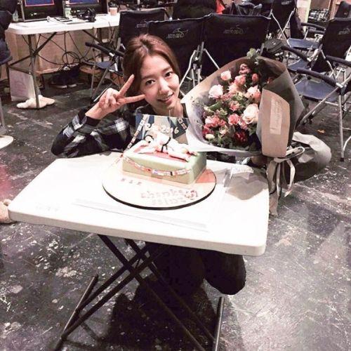Foto Cantik Park Shin-hye Terbaru Tahun 2016 10